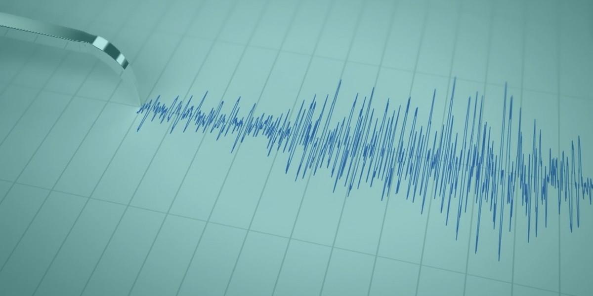 a seismograph measuring earthquake magnitude