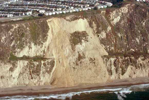 USGS photo of a landslide after the Loma Prieta earthquake
