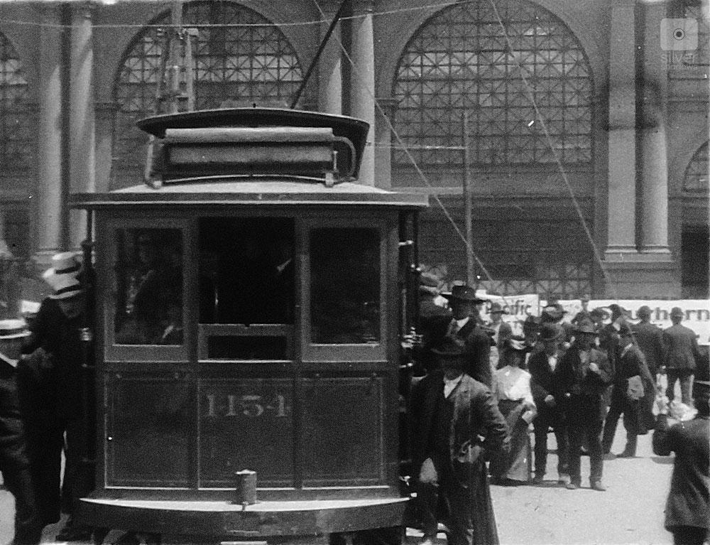 1906 San Francisco Earthquake - a new streetcar in front of the SF Ferry Building